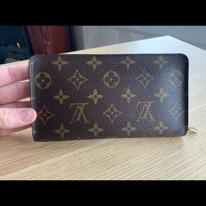 Louis Vuitton Zippy Monnaie Wallet